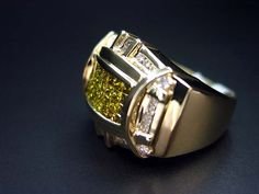 14K Yellow gold Men's Color Diamond Ring