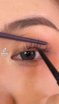 Simple Makeup, Natural Makeup, Natural Skin Care, Daily Makeup, Makeup Routine, Skin Makeup, Skin Care Tips, Eyes, Beauty