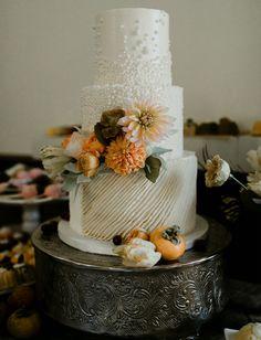 White wedding cake vineyard wedding at Cielo Farms in Malibu, CA Wedding Cake Rustic, White Wedding Cakes, Elegant Wedding Cakes, Cool Wedding Cakes, Elegant Cakes, Green Wedding, Fondant Wedding Cakes, Fondant Cakes, Wedding Cake Toppers