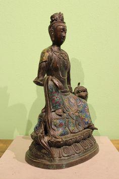 Kwan Yin Guan Yin Cloisonne Buddha Figur aus Bronze   China Asienlifestyle
