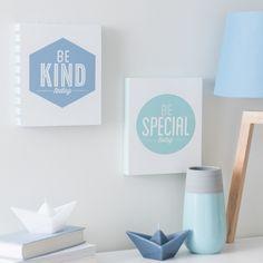 Tableau en bois bleu 20 x 24 cm BE SPECIAL | Maisons du Monde