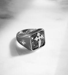 Les bijoux Stone pour homme, bague, chevalière croix