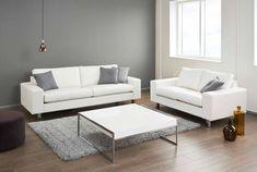 Elegantti Studio-sohva on valikoimamme ajaton klassikko. Sohvassa on 20 cm leveät tyylikkäät käsinojat. #sisustusinspiraatio #sisustussuunnittelu #sohva #olohuone #finsoffat #kotimaistalaatua #finnishdesign Table, Furniture, Studio, Home Decor, Decoration Home, Room Decor, Tables, Home Furnishings, Studios