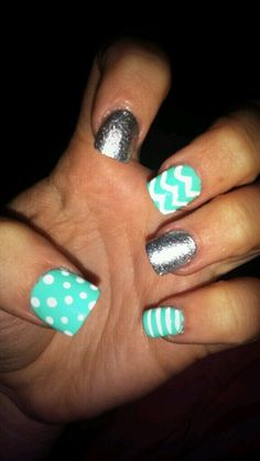 Love these cute nails!!