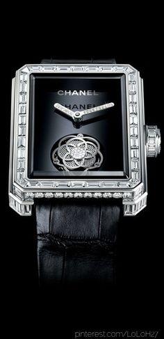 Chanel seguici sulla nostra bacheca... diventa nostra fan... jewelry Luxury Moda donna fashion chic glamour