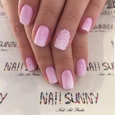 Pink Simplicity light pink ombre with glitter accent nail for shirt nails Accent Nail Toes, Accent Nail Designs, Glitter Accent Nails, Shellac Nail Designs, Pedicure Designs, Ombre Nail Designs, Pink Gel Nails, Toe Nails, Short Pink Nails