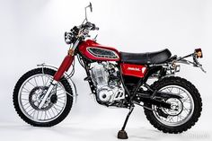 Discover several of my well liked builds - handpicked scrambler bikes like this Yamaha Sr400, Yamaha Cafe Racer, Yamaha Motorcycles, Cafe Racer Motorcycle, Sport Motorcycles, Enduro Vintage, Vintage Bikes, Vintage Motorcycles, Motogp Valentino Rossi