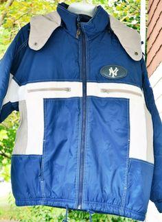 Yankee Genuine Merchandise Pro Layer Detatchable Hood Men's Medium #ProPlayer #winter