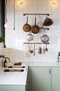 Great inspiring kitchen design! Notice the copper sinks! There are other great home decor ideas on link <3 INSPIRATION #451