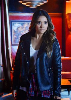 "Emily's Blank NYC Vegan Leather Faux Shearling Jacket Pretty Little Liars Season 4, Episode 24: ""A is for Answers"""