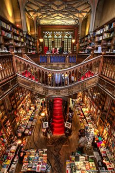 also known as Livraria Lello & Irmão or Livraria Chardron, is a bookstore located in central Porto, Portugal. Probably one of the most beautiful libraries in the world. Beautiful Library, Dream Library, Library Books, Library Architecture, Home Libraries, Book Aesthetic, Book Nooks, Dream Rooms, Hogwarts