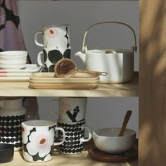 Marimekko – Home & Fashion Design - Shop Online Marimekko Fabric, Scandinavia Design, Kitchenware, Tableware, African Textiles, Japanese Patterns, Illuminated Letters, Lino Prints, Block Prints