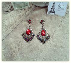 Brincos Estilo Vintage ♥ Preço: €5 | Disponível em / Purchase at: https://www.facebook.com/Dreamcatcher.Bijuteria.Acessorios.de.Moda