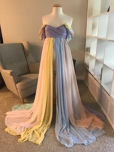 Discover recipes, home ideas, style inspiration and other ideas to try. Bohemian Maternity Dress, Maternity Dresses For Baby Shower, Maternity Gowns, Maternity Fashion, Baby Dress, Maternity Winter, Maternity Clothing, Maternity Style, Pregnancy Outfits