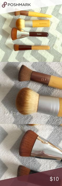 Face brush bundle Includes: 1. Ecotools custom coverage buffing 2. Ecotools bronzer/large face brush 3. No brand contour brush 4. No brand contour/sculpting brush all cleaned and sanitized ecotools Makeup Brushes & Tools