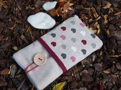 Hearts Lumia 950 XL Pouch, padded Linen case Lumia Hearts pockets