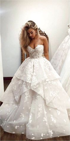 White Wedding Dresses, Bridal Dresses, Wedding Gowns, Lace Wedding, Wedding Beauty, Wedding White, Casual Wedding, Wedding Outfits, Autumn Wedding