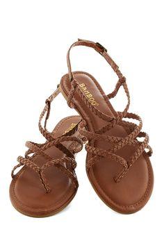 Twist upon a Star Sandal   Mod Retro Vintage Sandals   ModCloth.com