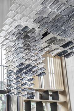 銷售中心:當代城市山林心居所|空間|室內設計|KOOMARK - 原創作品- 站酷(ZCOOL) Ceiling Installation, Artistic Installation, Boutique Interior, Interior Architecture, Interior And Exterior, Interior Design, Ceiling Design, Wall Design, Interior Lighting