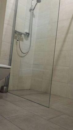 Bathtub, Bathroom, Sunlight, Standing Bath, Washroom, Bathtubs, Bath Tube, Full Bath, Bath
