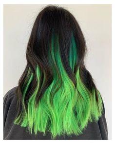 Neon Green Hair, Green Hair Colors, Hair Dye Colors, Cool Hair Color, Dark Green Hair Dye, Trendy Hair Colors, Mint Hair Color, Peekaboo Hair Colors, Emerald Green Hair