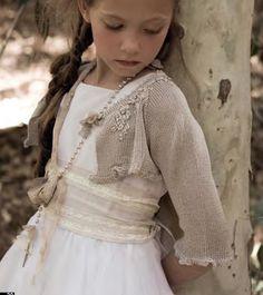 Os presentamos el bello estilo en moda infantil para ceremonias de la firma @RubioKids