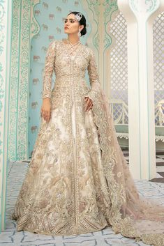 Pakistani Bridal Maxi for Wedding in Stylish design presented with beautiful embroidery work and looking unique. Buy Pakistani Bridal Maxi Online in USA. Pakistani Wedding Dresses, Pakistani Dress Design, Pakistani Outfits, Indian Outfits, Pakistani Couture, Saree Wedding, Wedding Wear, Walima Dress, Shadi Dresses