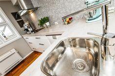 My current apartment - for sale! http://bit.ly/1uh2tYU #kitchen #kjøkken #mosaique #mosaikk #kjøkkenfliser