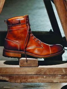 .: #REDWINGS RED WING BOOTS vs #WOLVERINES 1000 MILE #MENSWEAR #SHOES