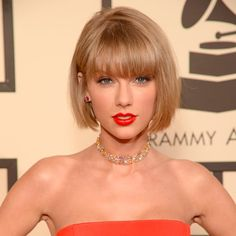 Taylor Swift Stacked Bob With Blunt Bangs ❤ If you are in search for nice short haircuts, which can highlight your look, we have the best selection of 65 hottest haircuts for women. Hot Haircuts, Bob Hairstyles With Bangs, Bob Haircut With Bangs, Short Bob Haircuts, Bang Haircuts, Bob Bangs, Hairstyles Haircuts, Short Bobs With Bangs, Bobs For Thin Hair