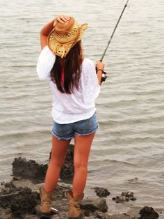 This is what i love.  Fishing where the wind is so bad u gotta hold down your hat