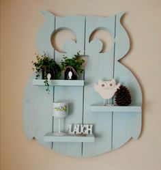Homemade owl made of scaffolding wood (approx. - Baby decoration - Self-made owl made of scaffolding wood (approx. 94 cm high) DIY wood … # homemade The - Pallet Crafts, Wooden Crafts, Pallet Ideas, Owl Crafts, Diy And Crafts, Scaffolding Wood, Decoration Palette, Wooden Owl, Diy Holz