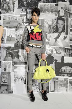 Gwen Stefani fashion show