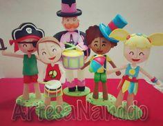Para quem quiser um Bloco animado do Mundo Bita... Esse Kit do Carnaval do Bita vai deixar sua festa colorida e divertida. #bita #mundobita  #carnaval  #carnavaldobita #festamundobita