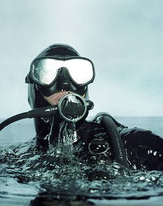 the Thought of Water in Your Dive Mask Freak You Out? Overcome the Fear of Water in Your Mask - Scuba DivingOvercome the Fear of Water in Your Mask - Scuba Diving Scuba Diving Mask, Dive Mask, Best Scuba Diving, Cave Diving, Scuba Diving Quotes, Sea Diving, Scuba Diving Equipment, Scuba Gear, Snorkelling