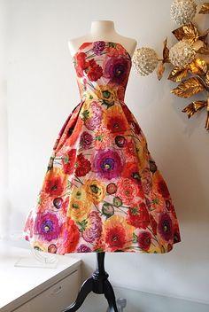 Arnold Scaasi dress. beautiful print.