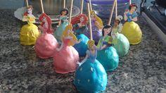Cake Pop de Princesas Disney Princesas Disney, Cakepops, Desserts, Food, Ideas, Ticket Invitation, Deserts, Apples, Meet