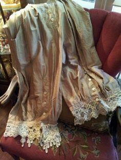 Magnolia Pearl Silk Taffeta Bloomers with Antique Lace
