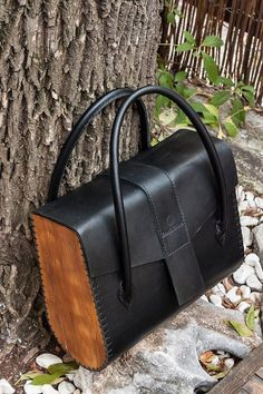 Handmade Kids backpack from leather and wood Handmade Woman handbage from leather and wood Leather Gifts, Leather Bags Handmade, Handmade Bags, Sewing Leather, Leather Craft, Purses And Handbags, Leather Handbags, Wooden Bag, 31 Bags