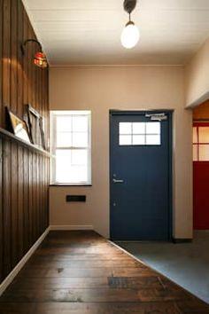 A's HOUSE: dwarfが手掛けた玄関・廊下・階段です。