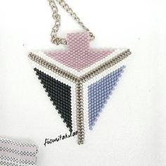 """Gefällt 87 Mal, 5 Kommentare - Füsuni Takılar  Miyuki (@fusuni_takilar) auf Instagram: """"Miyuki üçgen kolye #miyukikolye #miyukibracelet #miyukibeads #miyukinecklace #necklace…"""""""