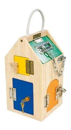 """Motoryczny domek """"Wiele zamków""""   ZABAWKI \ Zabawki drewniane ZABAWKI \ Zabawki edukacyjne \ Zabawki motoryczne   Hoplik.pl wyjątkowe zabawki"""