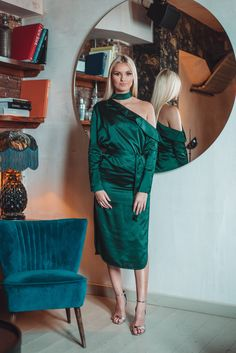 Satin Choker Neck Off The Shoulder Midi Shirt Dress in Forest Green Off The Shoulder, Cold Shoulder Dress, Neck Choker, Midi Shirt Dress, Green Satin, Jewel, Purpose, Chokers, Sexy