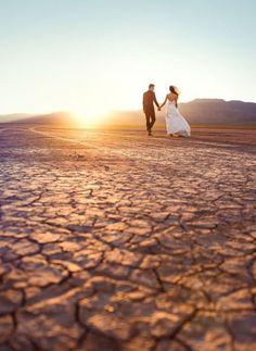 42 Super Fun Las Vegas Wedding Ideas | HappyWedd.com #PinoftheDay #super #fun #LasVegas #wedding #ideas #FunWedding