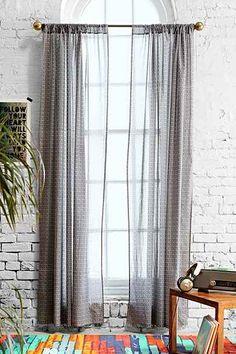 4040 Locust XO Curtain