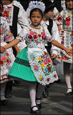 Hungarian girls traditional costumes