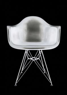 x-rayed eames eiffel chair Eames Eiffel Chair, Charles & Ray Eames, Interior Decorating, Interior Design, Industrial Design, Furniture Design, Container, Design Inspiration, Pure Products