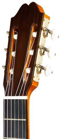 "Classical Guitars - 2008 Andrea Tacchi ""Ommagio a Robert Bouchet"" SP/CSAR - Guitar Salon International"