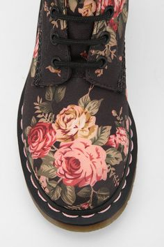 Love these Doc Martens!!! their cute in brown too, with a soft pink ribbon lace
