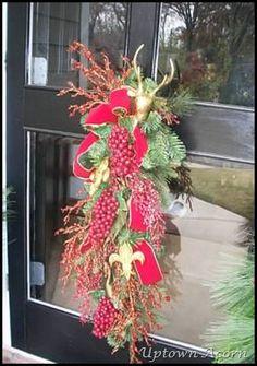 swag with fleur de lis ornaments